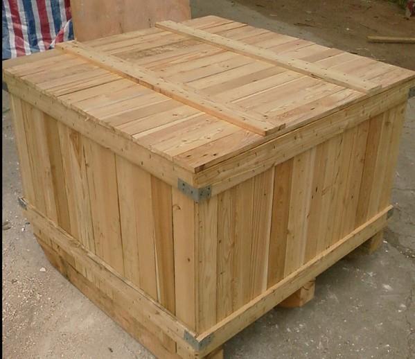木箱-5d349157-a45d-43e7-a788-d9533788b24b.jpg